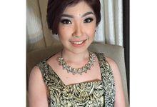 Beauty makeup by NITA GUNAWAN MakeUpArtist