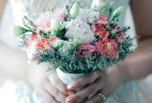 Bride and Bouquet by Flowers and Beyond by Aris Chua