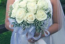 Hand Bouquet by Flowers & Foliage