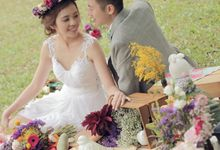 Pre-Wedding Shoot by Regina Mae Fleurs Atelier Pte Ltd