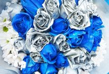SILVER ROSE by THE CLORIS FLOWER