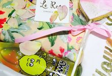 Flower Girl Hampers and Gifts by Le Rose
