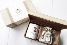 Ashton Royce - Cute Lil Fox - First Month Baby Hampers by LE POMMIER { Bespoke Hampers & Paper Goods }