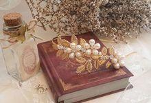 Greek goddes inspired headpieces by La Belle Juliette