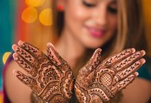 Bridal Henna - Intricate by Nakreze Mehndi