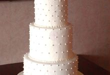 Wedding Cakes by Khayil's Bakeshop and Cafe
