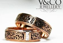 wedding ring batik design by V&Co Jewellery