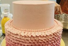Ombre Cakes by Ugly Cake Shop