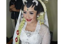 Dita & Hafiz - Javanese Wedding in a Shade of White and Blue by Canthing Wedding Organizer
