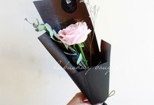 Signature Bouquet by LABUSHKY Bouquet