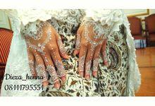 white henna by Dieza Henna Mehendi