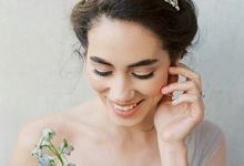 Exclusive Accessories  by Spina Bride