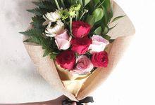 Rustic Bouqet by CARA Florist