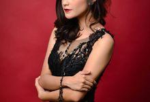 Make up for Corona Hair Piece advertorial by Sandra Selviana Make up Artist
