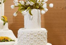 Amor Wedding Cake by Amor Cake