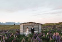 Intimate Wedding at Lake Tekapo by Light Up Weddings