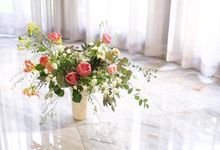 Flower Arrangement by ARTISTE FLORAL