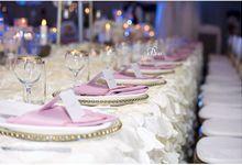 Wedding dinner at the blue velvet marquee  by blue velvet marquee