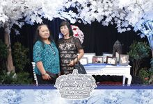 Yonathan & Cindy by UniquePhotoCard | Photo Booth / Photo Corner Surabaya