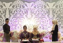A Malay Traditional Wedding of Izzah & Firdaus by Drawn