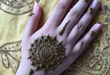 Henna for Events - Group  by Nakreze Mehndi