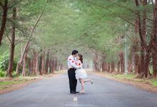 Rizky & Yeni Pre-Wedding by HD Photography