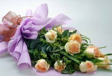 Flower Arrangements by Notes and Flowers
