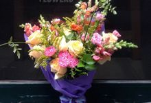 Flower basket  by La Jasmine Floral Design