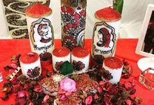 Decorative candles and canvas  by Nakreze Mehndi