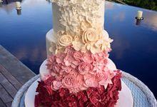 Wedding Cake by Rea's Cake