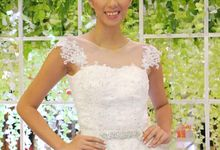 Brides Make up by D Lady behind the Scene Make Up Artistry by D' Lady behind the Scene Make Up Artistry