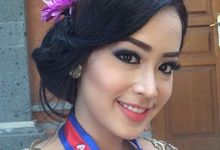 Make up for proom night Amelia Agung by Allena Make Up