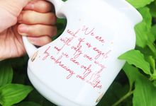MUG MEME LOVE WEDDING KEVIN LILIANA & OSKAR MAHENDRA by Mug-App Wedding Souvenir