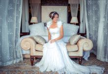 Wedding gown photo shoot at Saint Regis Nusa Dua Bali by Bali Best Photographer