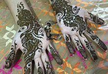 Henna for Events - Group  by Nakreze Mehndi