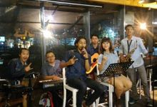 Regular Music at Cafe by ARTCOUSTIC ENTERTAINMENT