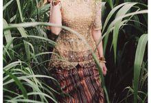 Kartika & Amadeus wedding by SVARNA by IKAT Indonesia Didiet Maulana