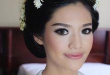 MAKARA TRADITIONAL WEDDING by Bamariana by MAKARA MAKEUP