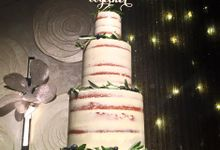 Semi-naked Cake with Olive Leaves & Berries for April & Terence by Ugly Cake Shop