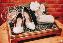 Vintage Modern White Wedding by SLIGHTshop.com