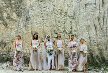 White & Green Island Wedding at Tirtha Bridal by Flora Botanica Designs
