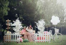 Prewedding Tiwi & Iwan by WINDRA FOTOGRAFI