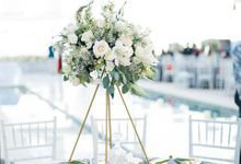White and Gold Wedding at Plenilunio by Flora Botanica Designs