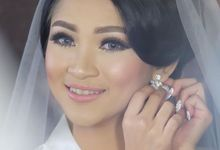 Wedding makeup for Chlaudia by Eva Montana Make up artist