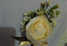 Boutonniere by Se Leva Florist