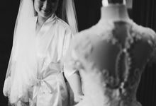 R and M Wedding Album Fratello by Fratello Photography