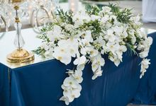Blue & Glamorous by Flora Botanica Designs