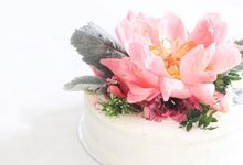 Flowers on Cake by Angie Fior