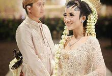 The Wedding Of Astrini & Rian by Soe&Su