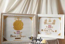 MAHAR AKRILIK GOLD CUSTOM by Tobaliwedding
